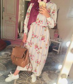 Hijab dress - Another! Modest Fashion Hijab, Modern Hijab Fashion, Street Hijab Fashion, Casual Hijab Outfit, Hijab Fashion Inspiration, Hijab Chic, Hijab Dress, Muslim Women Fashion, Islamic Fashion