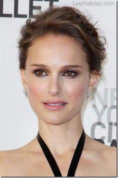 Kristen Stewart y Natalie Portman son las celebridades más rentables de Hollywood - http://www.leanoticias.com/2012/12/27/kristen-stewart-y-natalie-portman-son-las-celebridades-mas-rentables-de-hollywood/