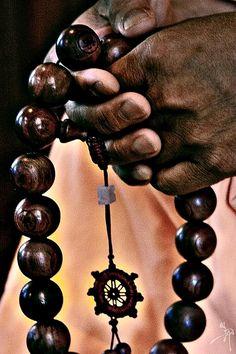 "buddhabe Mala ""Prayer beads, or japa malas, are used in many forms of Mahaya. buddhabe Mala ""Prayer beads, or japa malas, are used in many forms of Mahaya… buddhabe Mala Buddha Zen, Buddha Buddhism, Buddhist Prayer, Buddhist Art, Mantra, Namaste, Mahayana Buddhism, Meditation, Tibet"
