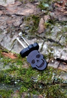 NEW Skull shape Wooden Cufflinks Gift for Men Groom Husband Christmas Gift