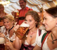 The 100 Sexiest Dirndl Girls in Oktoberfest History Bratwurst, Oktoberfest History, Oktoberfest Beer, Octoberfest Party, German Oktoberfest, Pretty Movie, German Girls, German Women, Beer Girl
