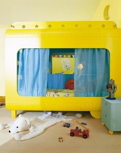 Yellow submarine room! (if my kids happen to like The Beatles as much as i do) :) Screw the kids. I WANT IT! Haha