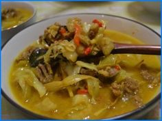 Resep Tongseng Ayam Thai Red Curry, Food And Drink, Beef, Homemade, Ethnic Recipes, Indonesian Food, Meat, Home Made, Indonesian Cuisine
