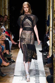 Gosia Baczyńska wiosna lato 2015, Paris Fashion Week, fot. Imaxtree