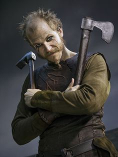 Floki played by the Swedish actor Gustaf Skarsgård in History Channel's Vikings. Image source: