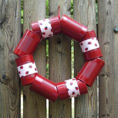 Here are 50incredible tin can recycling projects that will blow your mind! I can't wait to try these projects for myself, and I know you'll be just as excited to do some of these yourself! #diy #upcycle #recycle #tincans #crafts #ecofriendly Upcycled Crafts, Diy Crafts, Aluminum Can Crafts, Tin Can Crafts, Tin Can Art, Recycled Tin Cans, Recycle Cans, Repurpose, Diy Upcycling