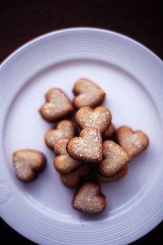 mini heart sandwhich cookies