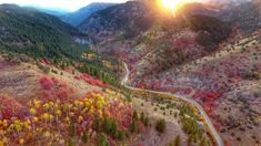 Utah comes alive in a spectacular array of fall colors Beautiful World, Beautiful Places, Amazing Nature, The Great Outdoors, Mother Nature, Adventure Travel, Tourism, Sunrise, Scenery