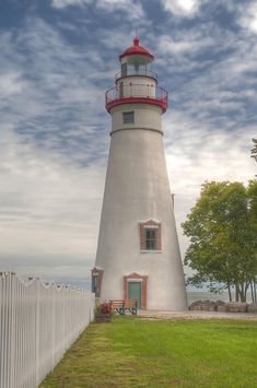 Marblehead Lighthouse, Port Clinton, Ohio: Another favorite place. This place is very dear to my family and reminds them of their loved ones. :-)