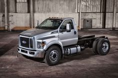 2016 Ford F-650/F-750 Super Duty Available This Summer