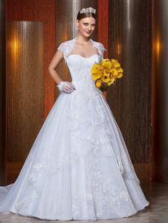 Gostou do vestido? Conheça a Casa e Noivas. Para um orçamento mande um e-mail para: casaenoivas@hotmail.com.