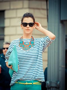 August Style Tips: Do overdo it~~There's nothing wrong with mixing multiple bold trends, as long as they all go together well. Wear a striped tee with a bright statement necklace and an oversized clutch. Why not?