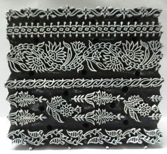 штамп, набойка, дерево Indian Wooden Hand Carved Textile Printing on Fabric Block Indian Block Print, Indian Prints, Stamp Printing, Printing On Fabric, Cultural Patterns, Wood Stamp, Wooden Hand, Tampons, Stencil Designs