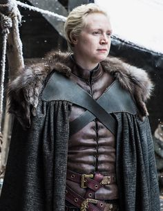 New still of Brienne of Tarth in The Spoils of War (x) game of thrones season 7 . - GOT Game Of Thrones Facts, Game Of Thrones Tv, Game Of Thrones Quotes, Game Of Thrones Funny, Game Of Thrones Brienne, Jaime And Brienne, Jaime Lannister, Winter Is Here, Winter Is Coming