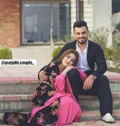 Photo Poses For Couples, Couple Picture Poses, Couple Photoshoot Poses, Couple Posing, Pre Wedding Shoot Ideas, Pre Wedding Poses, Pre Wedding Photoshoot, Wedding Couple Pictures, Indian Wedding Couple