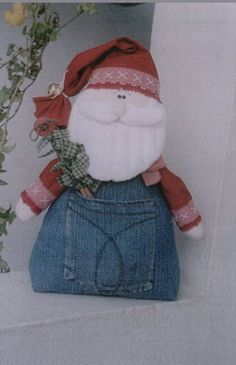 Pattern for Santa made from a jean pocket - lots of other christmas sewing ornament patterns here