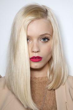 uneven bob // #hair #blond #shorthair