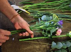 How to create a rustic bridal bouquet!