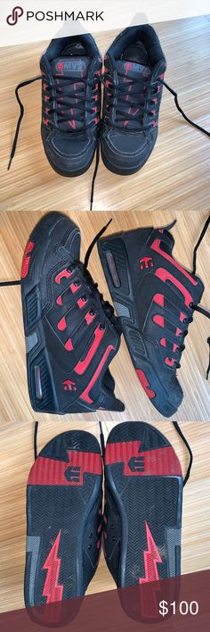 65fb89b53d7b77 Etnies Mike Vallely 2 Men s Skate Shoes Used and in good condition. Worn  only once