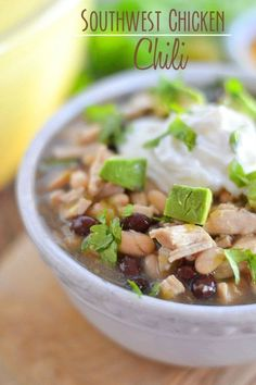 This easy, flavorful Southwest Chicken Chili uses only a handful of ingredients and comes together in about 15 minutes - making it the perfect weeknight dinner! #recipe #soup