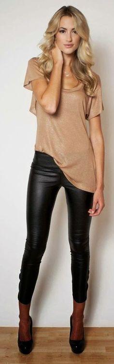 Camel Glitter T-shirt