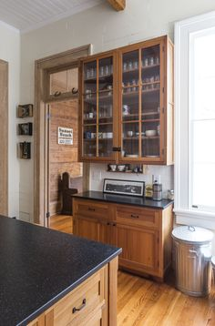 Stunning rondo kitchen from TEAM The classic country cottage kitchen made of solid wood DPTO COCINA Pinterest Cottages The o ujays and Of