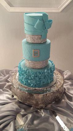 Tiffany blue inspiration cake..
