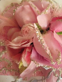 Wow, two of my favorites - pink rose and glitter - fabulous.