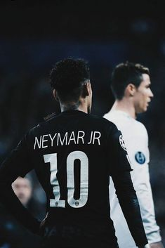 Soccer Tips. One of the best sports on this planet is soccer, also referred to as football in a lot of nations around the world. Lionel Messi, Soccer Skills, Soccer Tips, Manchester United Ronaldo, Fc Barcelona Neymar, Neymar Jr Wallpapers, Neymar Psg, Neymar Football, Cristiano Ronaldo 7