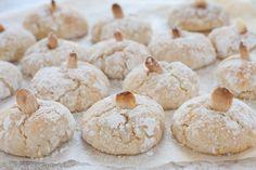 Ciambella al limone senza burro morbidissima e delicata Biscotti Cookies, Almond Cookies, Cake Cookies, Flan, Almond Biscotti Recipe, Minced Meat Recipe, Biscuits, Italian Pastries, Sicilian Recipes