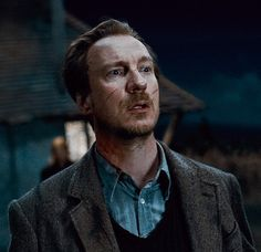 "Remus Lupin is my favorite character in the ""Harry Potter"" series, because we actually have a lot in common. Lupin Harry Potter, Harry Potter Icons, Harry Potter Aesthetic, Harry Potter Cast, Harry Potter Universal, Harry Potter Characters, Harry Potter World, Remus Lupin, Hogwarts"