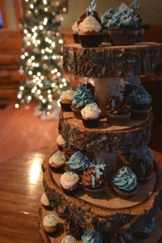 ABarrettphotography @ Island Restaurant w/ cupcakes by Pretty Flour