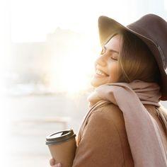 Safely enjoy the spring sunshine! Health Tips, Skincare, Spring, Enjoying The Sun, Vitamin E, Solar, Envy, Skin Care, Skin Treatments