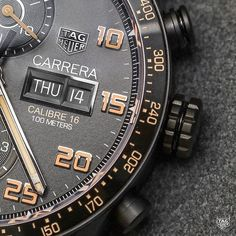 @ablogtowatch gives us a hands-on review of the TAG Heuer Carrera Calibre 16 Day-Date Chronograph Black Titanium. Discover all you need to know about the exciting new timepiece here. Find out more in our bio.