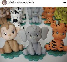 Polymer Clay Kawaii, Fimo Clay, Polymer Clay Crafts, Polymer Clay Elephant, Fondant Elephant, Polymer Clay Figures, Fondant Figures, Christmas Elephant, Clay Magnets