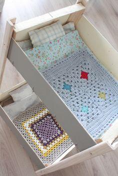 lits superposés poupées