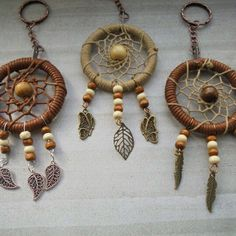 Check out this item in my Etsy shop https://www.etsy.com/uk/listing/268179257/mini-dream-catcher-key-chain-key-rings