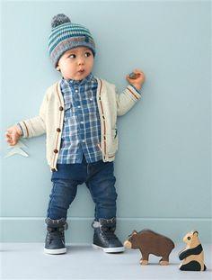 Strickjacke für kleine Weltentdecker.   #vertbaudet #Herbst #Winter #2015 #Kinderkleidung #Babymode