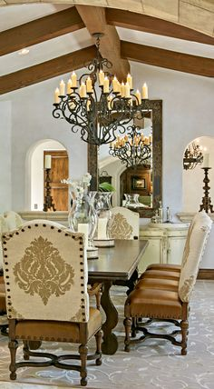 Old World, Mediterranean, Italian, Spanish & Tuscan Homes Design & Decor, Tuscan Dining Room - Kitchen Ideas Tuscan Style Homes, Spanish Style Homes, Tuscan House, Spanish Colonial, Style Toscan, Tuscan Dining Rooms, Tuscany Decor, Rustic Italian, Mediterranean Home Decor