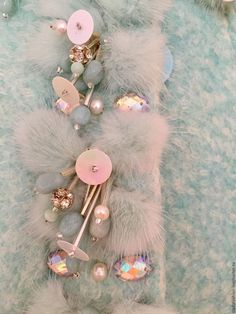 Верхняя одежда ручной работы. Пальто мятное с норковыми цветами. Дизайн-студия Slada Fashion. Интернет-магазин Ярмарка Мастеров.