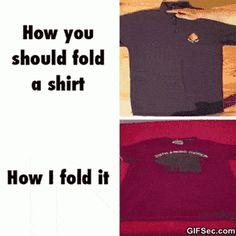 Funny GIF: Folding shirt - www.gifsec.com