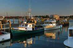 Fishing vessels at the docks of Lees Wharf in Westport Point. Description from asergeev.com. I searched for this on bing.com/images