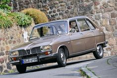 Renault 16.  Hateful car !  Mad french push pull gear change thingy....only redeeming feature was a large bench type front seat.  You know where I am coming from.