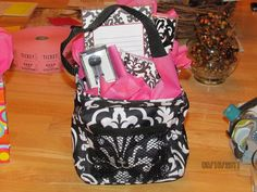Little carry all caddy... Great for door prizes & silent auctions etc  www.mythirtyone.com/laurab2