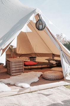 Bell Tent Camping, Glam Camping, Backyard Camping, Camping Glamping, Bushcraft Backpack, Bubble Tent, Tent Hire, Tent Living, Hammock Tent