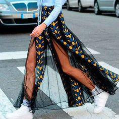 Beautiful sheer skirt with sneakers visit daily dress me at dailydressme com for more inspiration women s fashion 2018 street style ny street style sheer skirts maxi skirts summer fashion street style la fashion week printemps t 2019 de paris Fashion 2018, New York Fashion, Look Fashion, Street Fashion, Fashion Beauty, Womens Fashion, Fashion Design, Fashion Trends, Fashion Bloggers