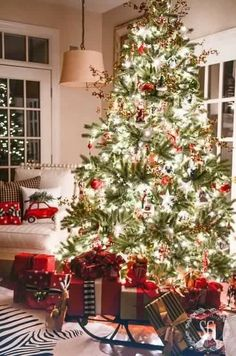 Inspirational How to Decorate Your House for Christmas