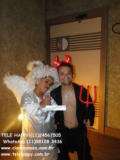 Anã Anjinha e Anão diabinho fazem uma rodada de tequila com muito divertimento entre todas as pessoas ... (11)4965 7505 (11)98128 3436 WhatsApp www.ciadosanoes.com.br