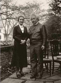 Albert Einstein with his lover, Margarita Konenkova,, circa 1946.jpg