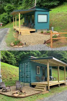 Modern Tiny House, Tiny House Cabin, Tiny House Living, Tiny House Plans, Small House Design, Building A Tiny House, Building A Container Home, Tiny Container House, Cargo Container